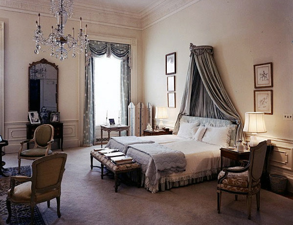6675_MCL_VictorianNeutralBedroomDesign